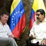 Juan Manuel Santos (i) y Nicolás Maduro (d) sostuvieron un reciente encuentro en Puerto Ayacucho (Venezuela).