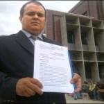 Robert Alvarado, abogado y columnista, en la mañana de hoy introdujo un recurso de amparo en la Corte de Apelaciones del Circuito Judicial Penal el estado Aragua.