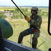 Videoreportaj cu procesul de selectie in fortele speciale ale Armatei Romaniei
