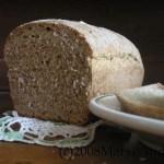 sliced whole wheat and oatmeal bread