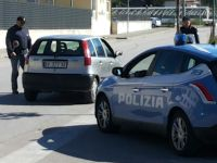 Cervinara: operazione della Polizia con perquisizioni e posti di blocco.