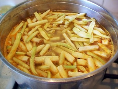 Preparare Ciorba ardeleneasca de fasole verde 6