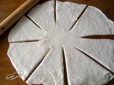 aluat foietaj rapid pentru croissants, reteta 8