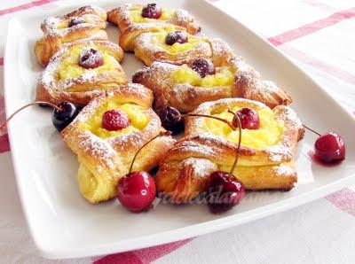 Daneze – danish pastry – tot un fel de croissants