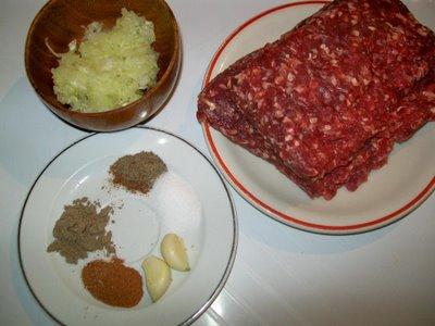 ingrediente reteta plescavitza, pljeskavica