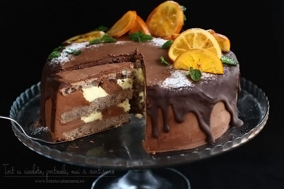 tort cu ciocolata nestle, portocale, nuci, scortisoara si vin rosu-sectiune