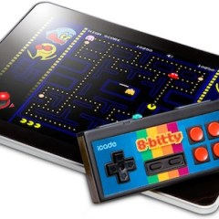 iCade 8-Bitty bluetooth joypad to be released by Thinkgeek