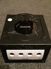 My first #RC trade, from America a GameCube signed by the band alterbridge