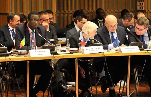 madou MEFP, Représentant le Sénégal à la réunion des Ministres de la Zone franc à Paris