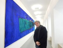 Dem Pigment verfallen – Bilder und Skulpturen von Thomas Kesseler im alten Ostwall-Museum