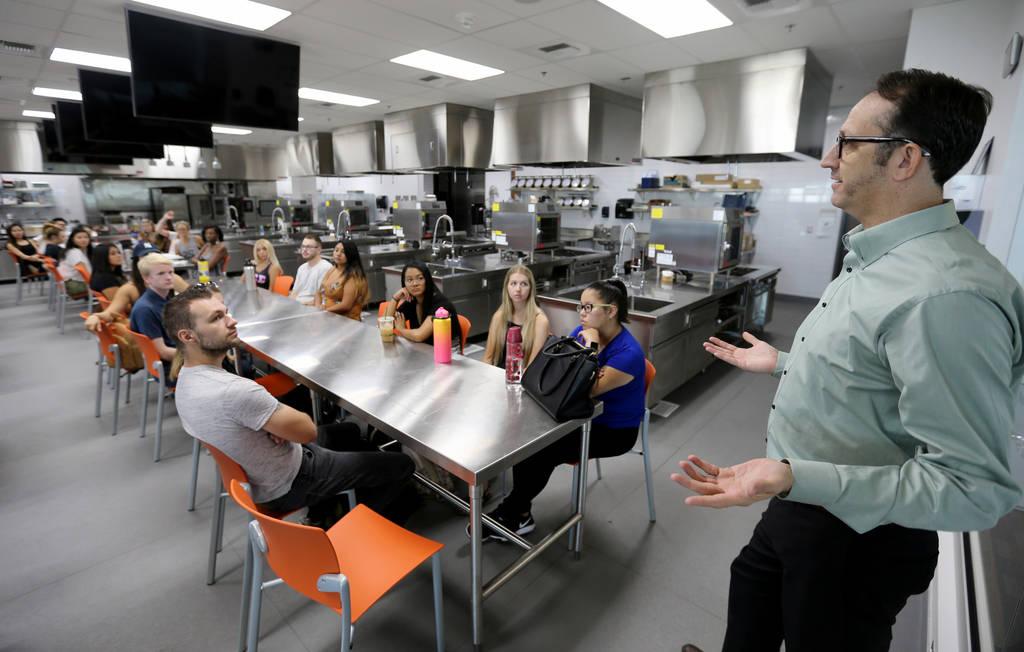 In Las Vegas, restaurant server is serious, well-paying career Las
