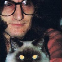 Music Legends With Cats: Geddy Lee