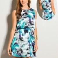 O verão pede vestido estampado curto, dicas de modelos