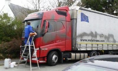 camioane romanesti atacate