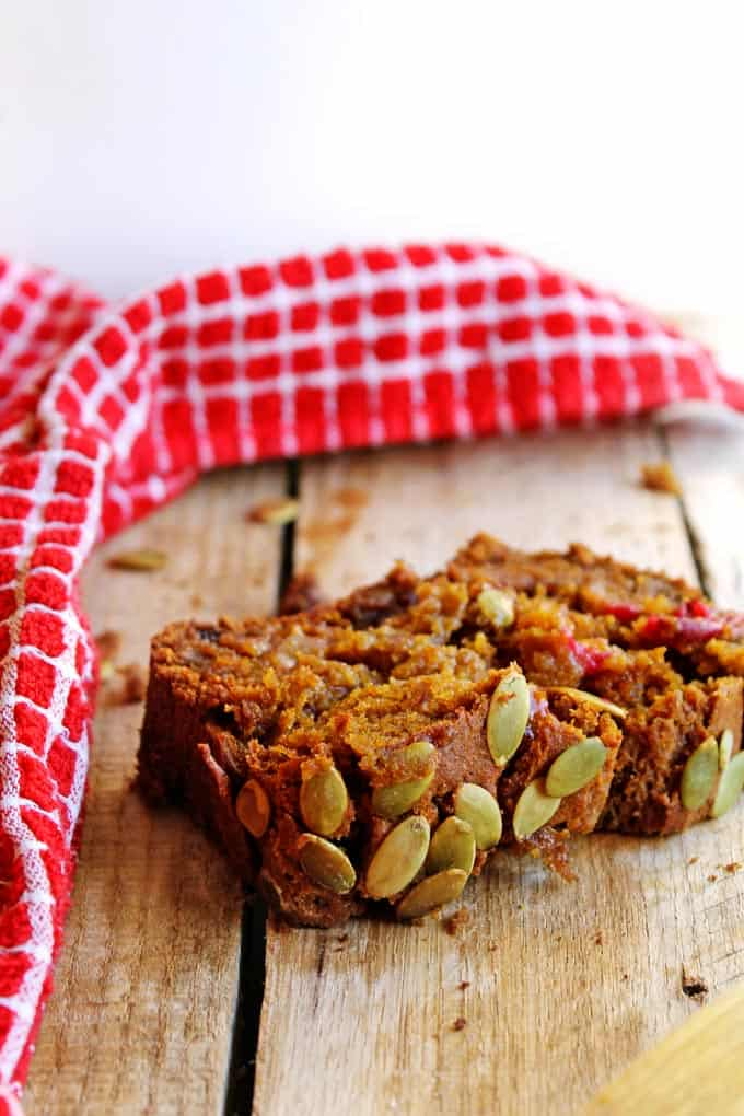 on the classic pumpkin quick bread! This pumpkin cranberry rye bread ...