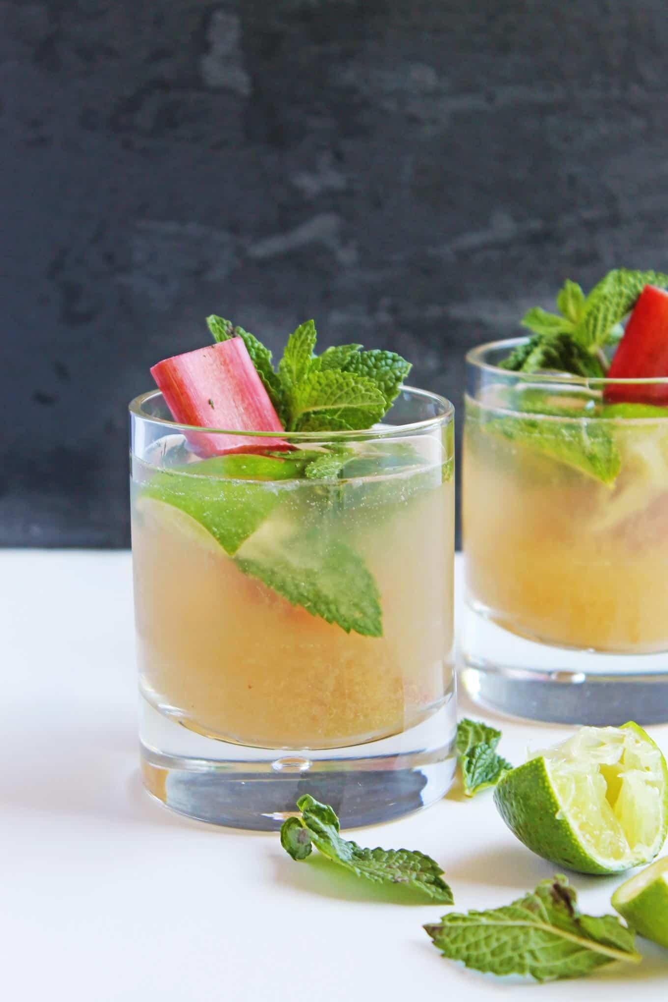 Rhubarb vanilla mojito mocktail recipe! A delicious, alcohol-free ...