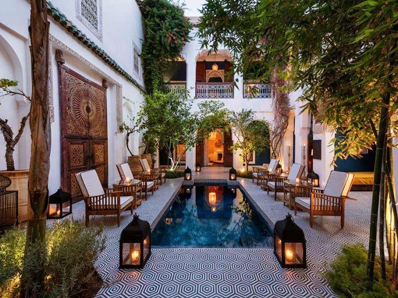 Hôtel de Charme dans un riad de luxe à Marrakech Moroccan - location de villa a agadir avec piscine