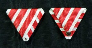 #AU090 - Military Chaplains' Merit Cross - War ribbon
