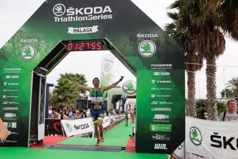 Llegada triatlón Málaga 2015
