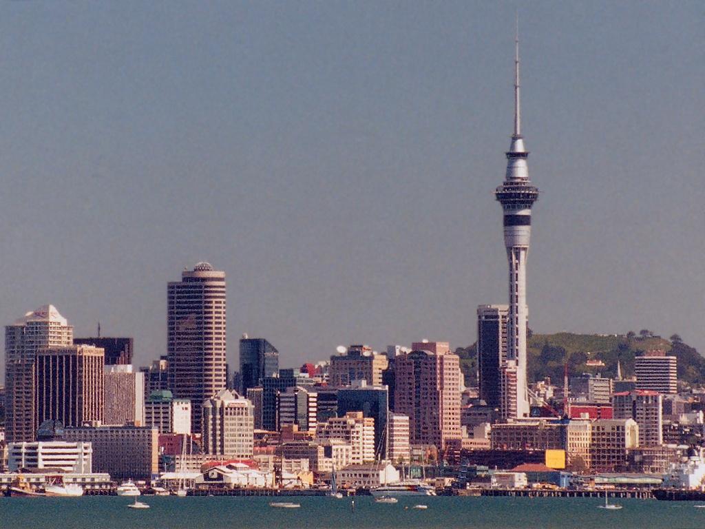Skyline Car Wallpaper New Zealand Cities Wallpaper