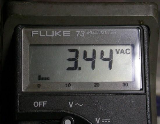 Fluke 73 says 3.4Vrms