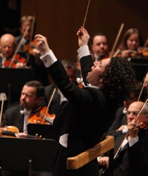 Famed Conductor, Gustavo Dudamel, May Boycott Israel After Abusive Shin Bet Airport Screening