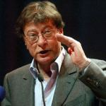 Mahmoud Darwish, Palestine's Greatest Poet, Dies