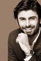 Fawad-Khan-highly-educated-Pakistani-actor.jpg