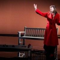 [Théâtre - Critique] La Dame de la Mer de Henrik Ibsen, mise en scène par Claude Baqué, avec Camille: Histoires de fantômes norvégiens