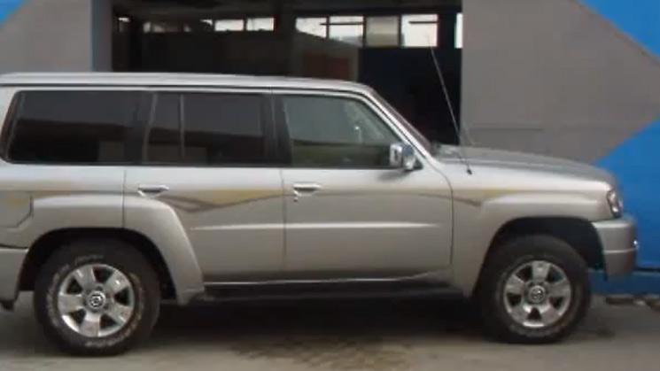 rides nissan patrol steering wheel dubai king of customs