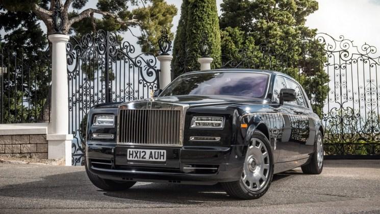 Rolls-Royce-Phantom-Extended
