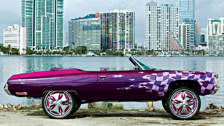 1972 Chevrolet Impala on 26-inch DUB wheels from Miami Florida
