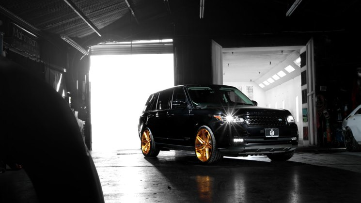 JC-Customs-Range-Rover-SV58D-Brushed-Gold-1