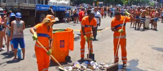 Lixo no carnaval. Foto: Comlurb