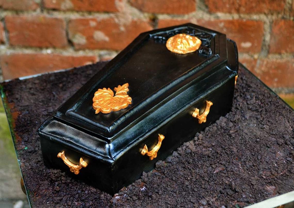 coffin-cake