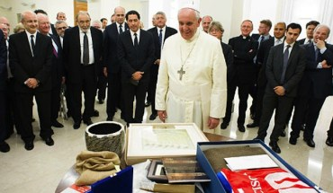 Pope-Francis Une