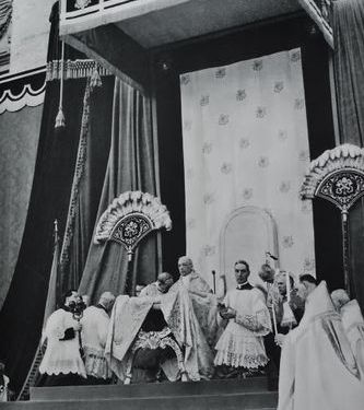 pie-xii-ceremonie-de-canonisation-de-st-pie-x-29-mai-1954