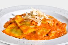ravioli in salsa aurora