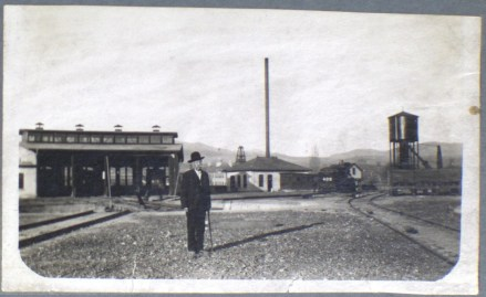 The Oregon Short Line Railroad roundhouse was just northwest of the River Street Neighborhood (n.d.)