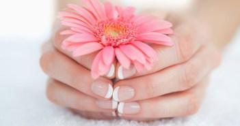 10 نصائح مذهلة للحفاظ على أظافرك صحية