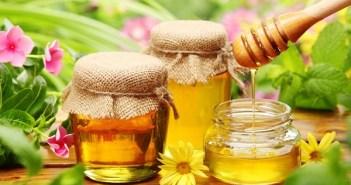 قناع الحليب والعسل للشعر التالف