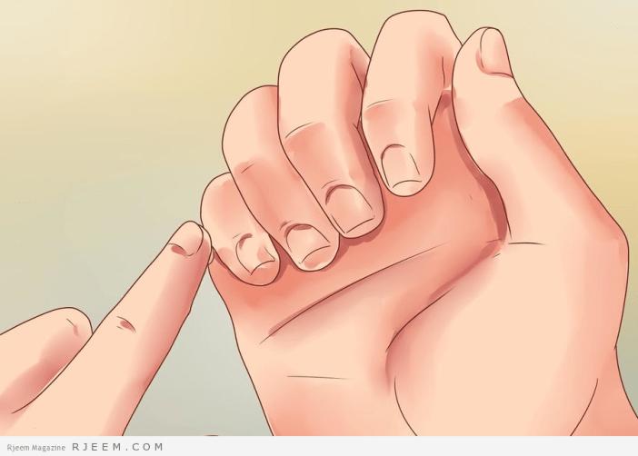 العناية ببشرة اليدين والقدمين: