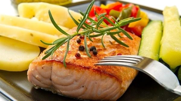 6 فوائد صحية لسمك السلمون