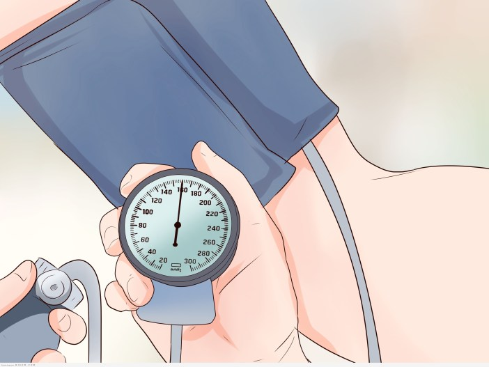 13 علاج طبيعي عند انخفاض ضغط الدم