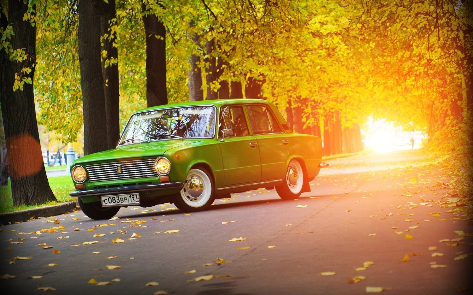Car In Forrest Hd Wallpaper Vaz 2101 Review And Photos
