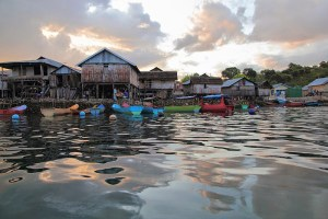 indonesia-flores-paruman-island-village