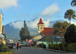 Poco Nngandonalu as seen from Ruteng
