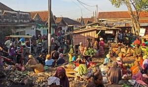 Labuhan Lombok local market