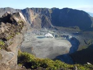 Kawa Hidup crater on Mt Kaba