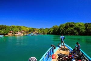 Approaching Hansis on Semau Island, West Timor